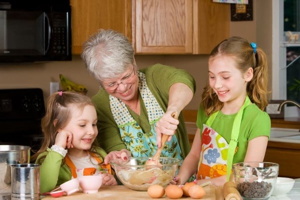 grandparents-grandchildren activities