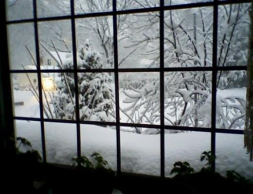 winter's window alliteration example poem