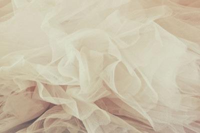 36262423 - vintage tulle chiffon texture background. wedding concept