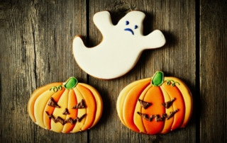 spooky ghosts halloween cookie recipe