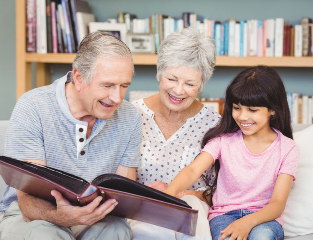 Grandparents and Grandchildren Together: Sharing Me Time Activity