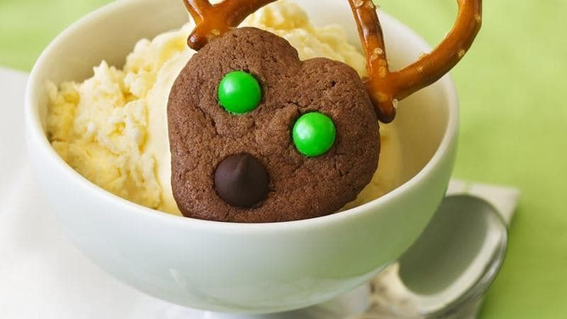 chocolate christmas cookies reindeer recipe