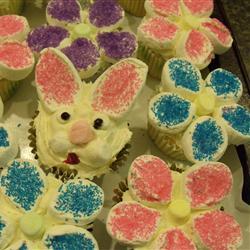 flowercupcakeswithbunny